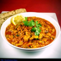 Achari Turai aur Chana Dal Curry (Spicy, Tangy Curry with Ridge Gourd/Courgette and Yellow Split Peas)